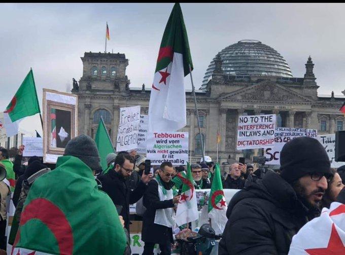 Présence massive de la diaspora algérienne à Berlin pour accueillir Tebboune !