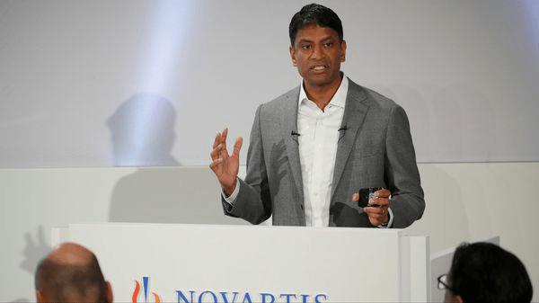 Le directeur général de Novartis évoque la chloroquine comme le « plus grand espoir de traitement »