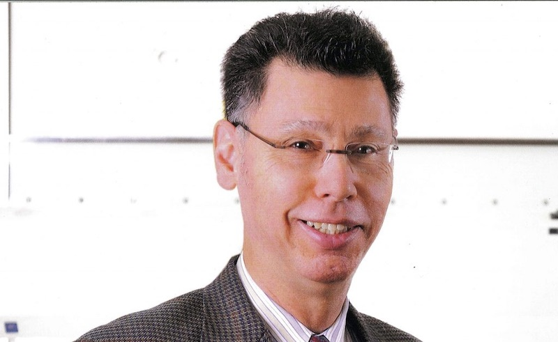 Le professeur d'épidémiologie de Yale recommande vivement la thérapie précoce à l'HCQ et à l'Azi pour COVID-19