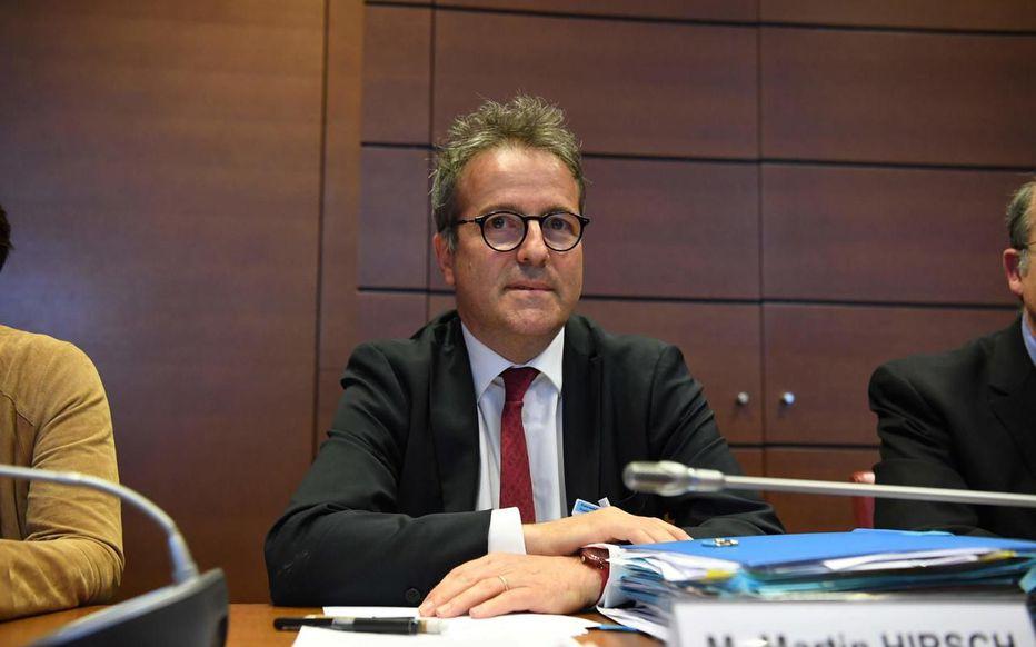 Conflits d'intérêts entre médecins et labos : Martin Hirsch « savait » selon le Pr Didier Dreyfuss