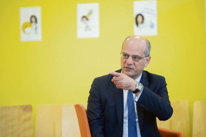 Complot : «Blanquer n'a plus aucune légitimité à être ministre», dixit le président de l'UNL