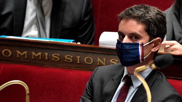 Une vaccination obligatoire en France ? Pour Attal, « la question se posera mais plus tard »