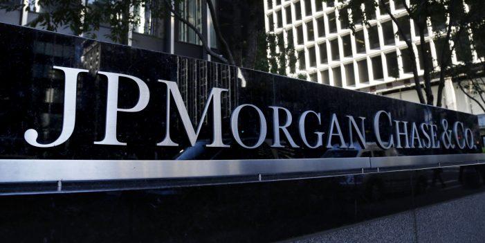 Covidiots : JP Morgan ne trouve aucun avantage aux confinements