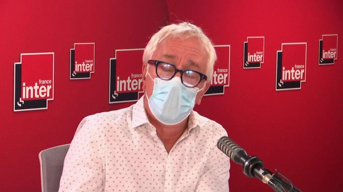 Gilles Pialoux : « On devrait passer les images des hôpitaux des Antilles sur les panneaux dans les rues aux gens qui manifestent contre le pass »