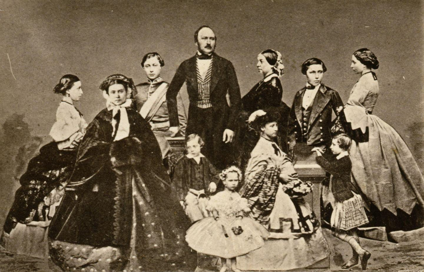Queen Victoria, Albert and their 9 children.