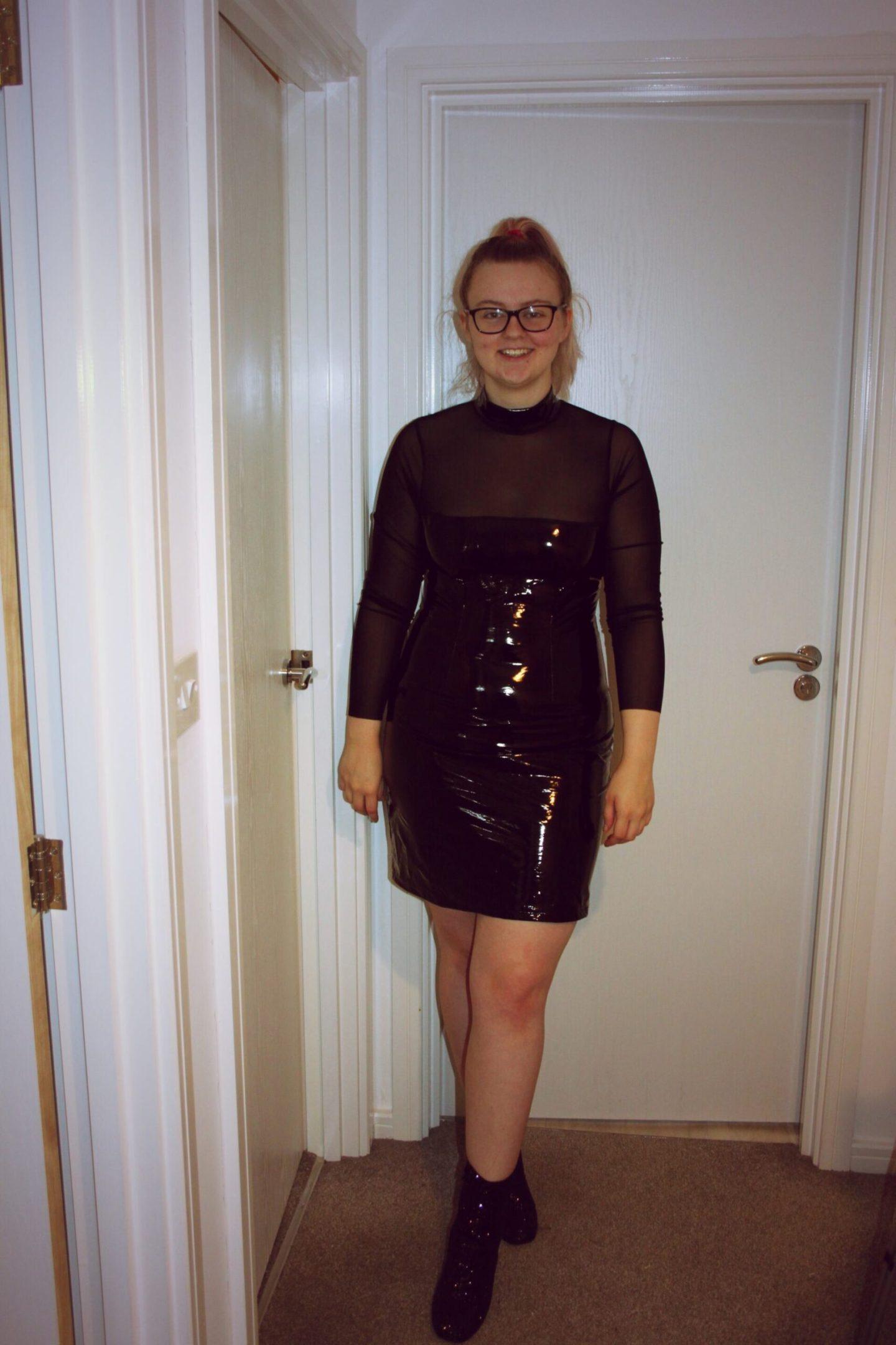 Black Dress http://femmeluxefinery.co.uk/