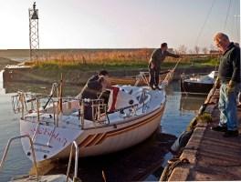 Båtupptagning tidig fredagsmorgon