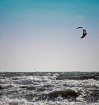 Kite surfing i Mossbystrand