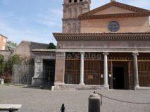 Tra la vacca e il toro: S.Giorgio in Velabro e l'Arco degli Argentari