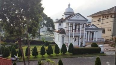 Villa di lembang bandung untuk 30 orang