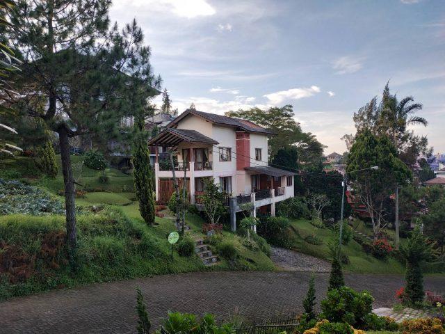 Villa di kawasan lembang bandung