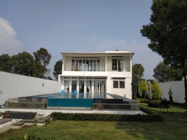 Villa 3 Kamar Kolam Renang