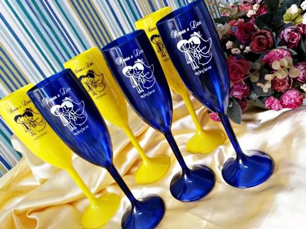 Taças de acrilico personalizadas Renan e Liza