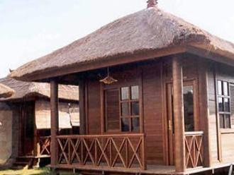 cottage kayu bagus