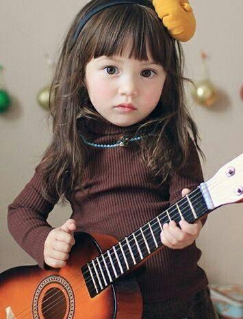 mengatasi suara gitar yang fals dengan lem