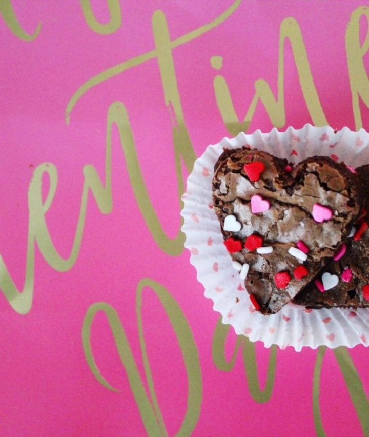 Easy Valentine's Day Heart-Shaped Fudge Brownies