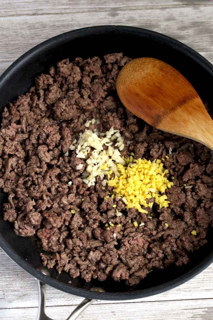 In a skillet browned beef, minced garlic and ginger.