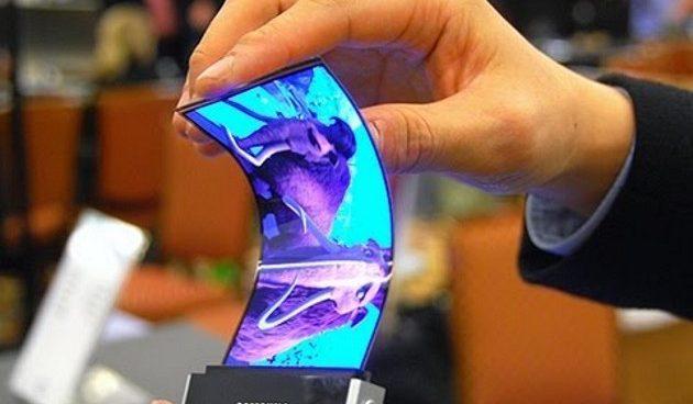 Celular Flexível Nokia faz demonstração de protótipo