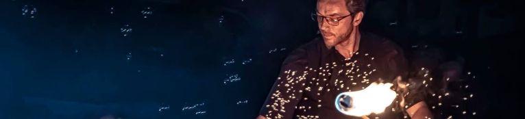 Le Monde de Félix Spectacle de magie animation feu luminière ballon Lyon Rhone-Alpes France (15)