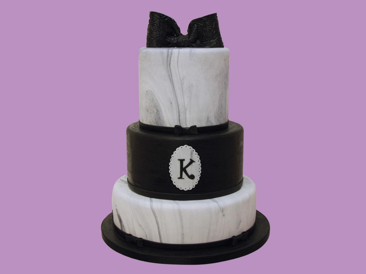 Wedding cake chic