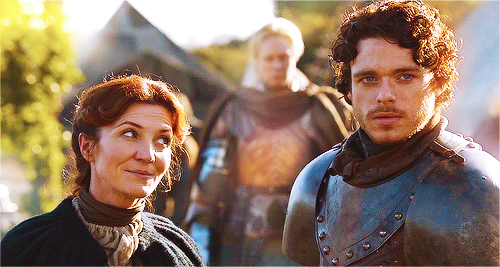 robb-stark-catelyn-stark-game-of-thrones