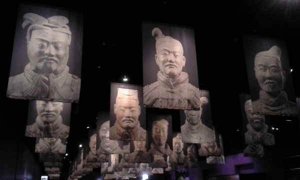 Terracotta warriors were lined up in the first emperor's tomb, and they all had different faces.