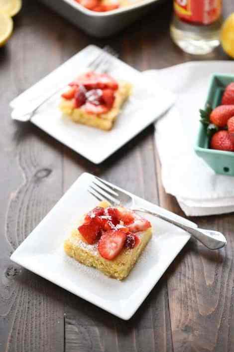 Strawberry Lemonade Bars {Lemons for Lulu}