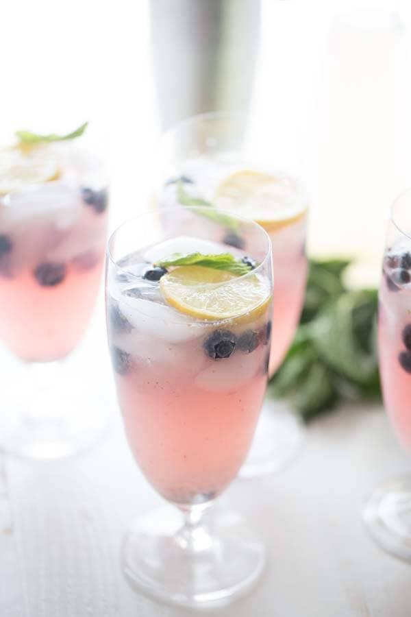 Blueberry Vodka Lemonade {Lemons for Lulu}