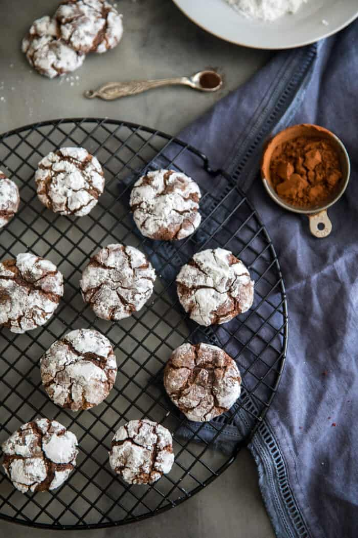 espresso chocolate crinkle cookies