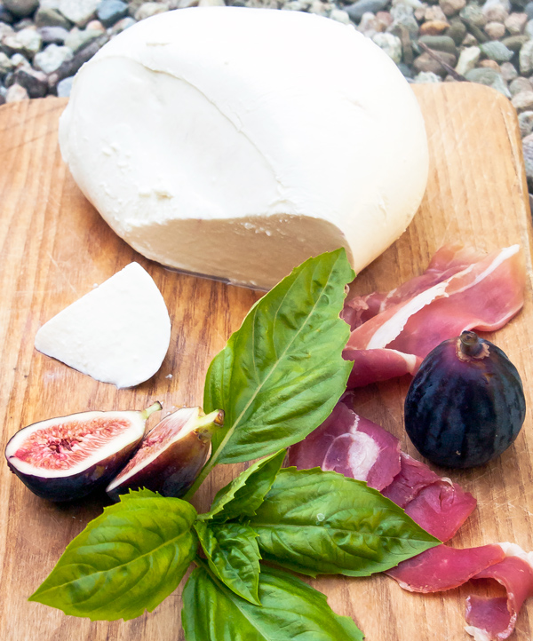 Fresh Mozzarella Cheese, Figs and Prosciutto Salad recipe