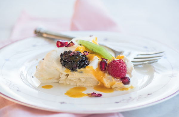 Lemon Pavlova with Kiwi and Passion Fruit Sauce, recipe.
