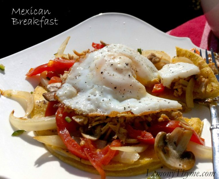 Mexican Breakfast | LemonyThyme.com
