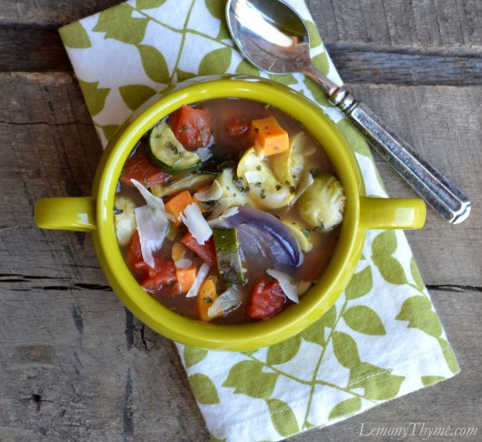 Parmesan & Herb Roasted Vegetable Soup | LemonyThyme.com | #healthychoices