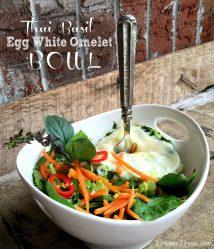 Thai Basil Egg White Omelet Bowl   LemonyThyme.com   #healthychoices #lunchbowls