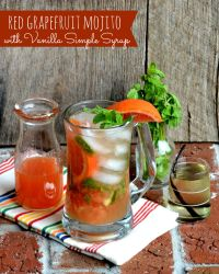 Red Grapefruit Mojito with Vanilla Simple Syrup | LemonyThyme.com