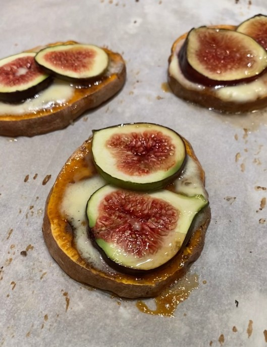 Fig & Mascarpone Sweet Potato Pizza fresh from the oven