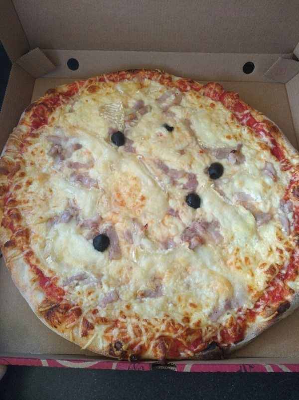 Pizza Paysanne lardons, chèvre