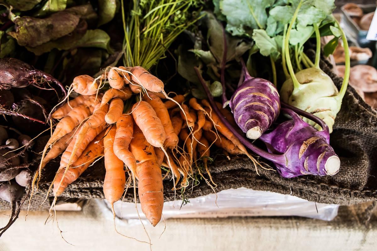 капуста кольраби и морковь