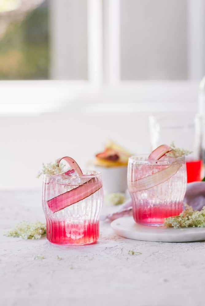 DELICIOUS RHUBARB + ELDERFLOWER SIMPLE SYRUP COCKTAILS