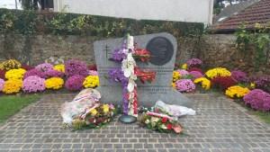 Flowers for Charles de Gaulle