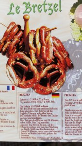 A postcard with the recipe for Brezen in French, German and English