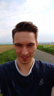 Lenovo_Moto_G_3rd_Selfie (1)