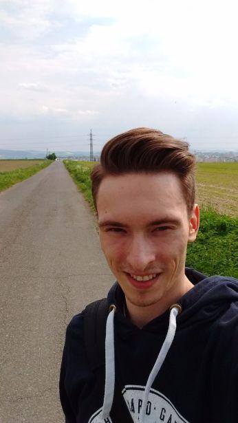 Lenovo_Moto_G_3rd_Selfie (4)