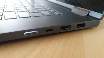 Vypínací tlačítko USB-C HDMI a USB 3.0 Yoga 730 15