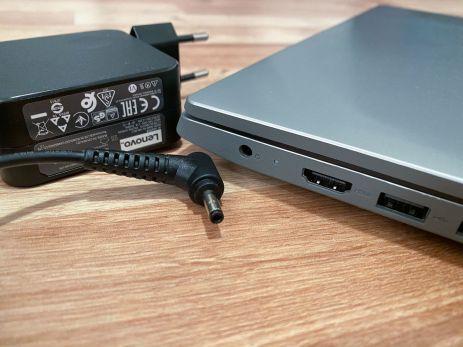 IdeaPad S145 0001