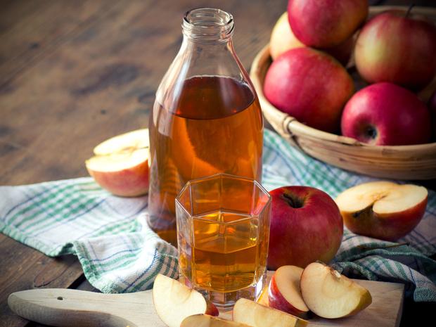 Čo urobí jablčný ocot s toxínmi, ekzémom a fľakmi na tvári