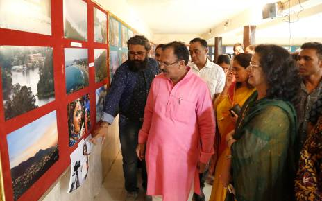 Ajmer :: chitranjali, a photo exhibition for women and girl child
