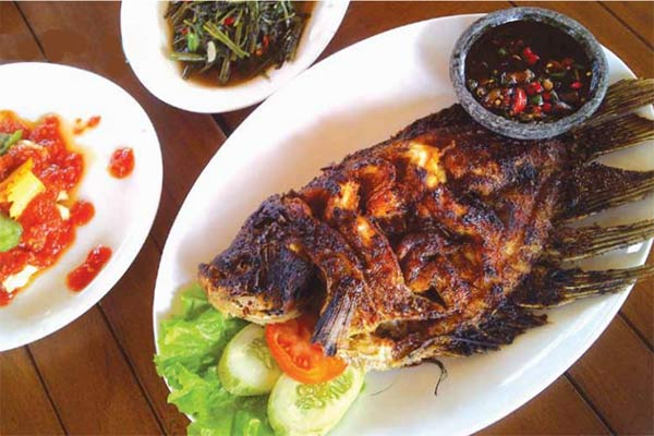 Kuliner Ikan Bakar