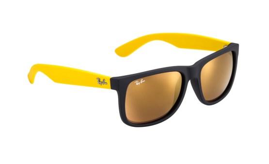 Ray Ban lança coleção inspirada no Brasil   Lentes e Óculos Viallure b157a00dce