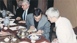 Michel Bras teste, en 1999, les qualités gustatives de la lentille